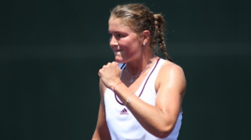 The Russian reaches her third final in succession
