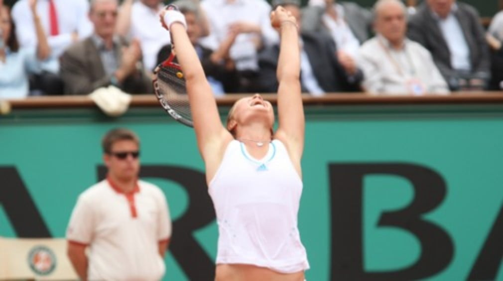 Dinara Safina wins her second title of 08 in LA