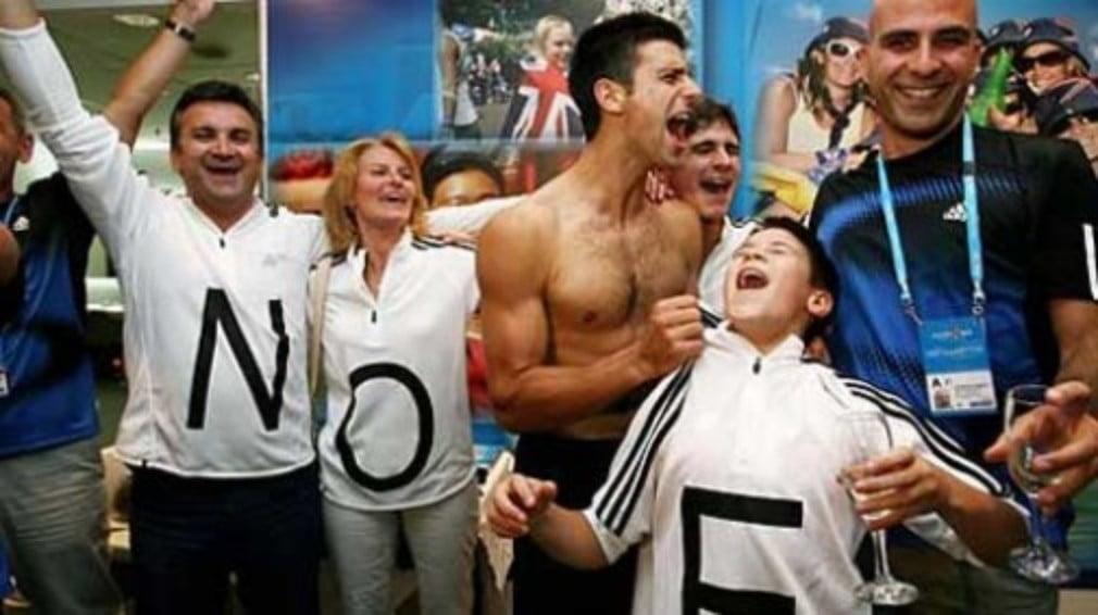 Novak Djokovics 17-year-old brother