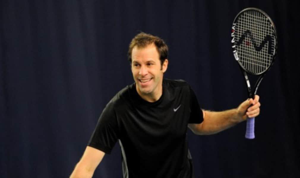 Former world No.4 Greg Rusedski explains what he looks for in a racket Š—– and why weight is so important at pro level