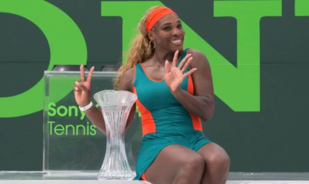 Serena Williams claimed a record seventh Sony Open crown with a 7-5 6-1 victory over Li Na in Miami