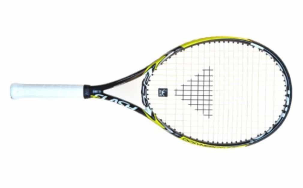 The Tecnifibre T-Flash ATP 265 might be a little too unforgiving for absolute beginners but our testers still see plenty of positives