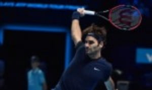 Six-time ATP World Tour Finals champion Roger Federer fended off Kei Nishikori in three sets to steam through to SaturdayŠ—Ès semi-finals with an unbeaten 3-0 round-robin record