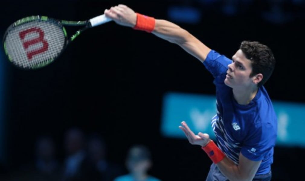 Milos Raonic joined Novak Djokovic in the semi-finals with victory at the Barclays ATP World Tour Finals in London