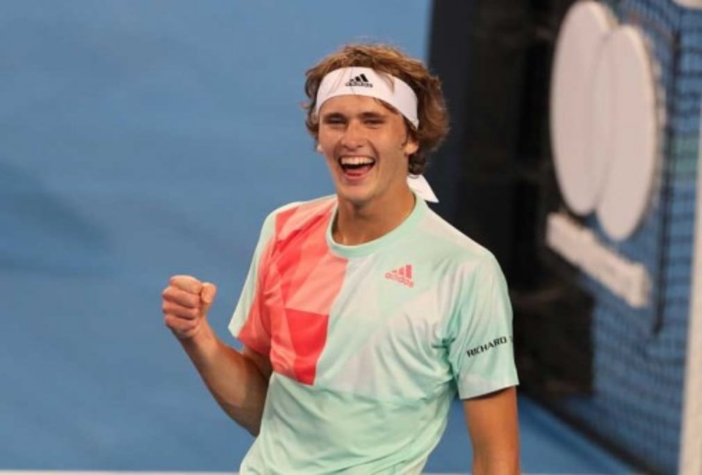Alexander Zverev defeated Roger Federer in the round robin stages at Hopman Cup