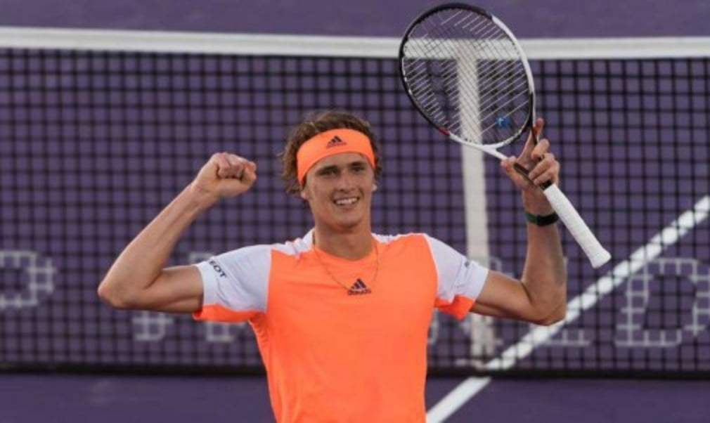 Alexander Zverev reached the first ATP Masters 1000 quarter-final of his career with victory over top seed Stan Wawrinka at the Miami Open