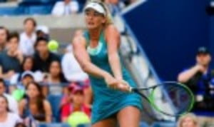 Coco Vandeweghe defeated Lucie Safarova 6-4 7-6(2) to book her place in the quarter-finals of the US Open