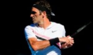 Roger Federer maintained his perfect record at the Australian Open with a comfortable 6-4 7-6(3) 6-2 triumph over M'rton Fucsovics
