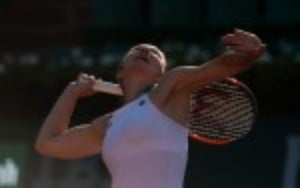 Simona Halep was in ominous form as she demolished Elise Mertens 6-0 6-3 to reach the last sixteen of the Mutua Madrid Open