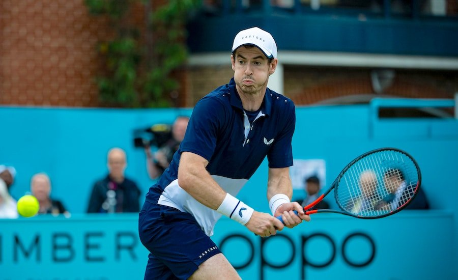 Andy Murray runs for backhand Queens Club 2019.jpg