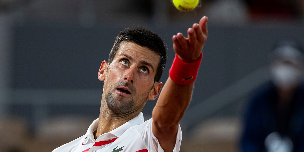 Novak Djokovic ball toss
