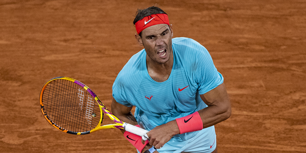 Rafa Nadal serve Roland Garros