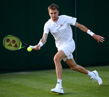 Alexander Bublik Underarm serve Wimbledon