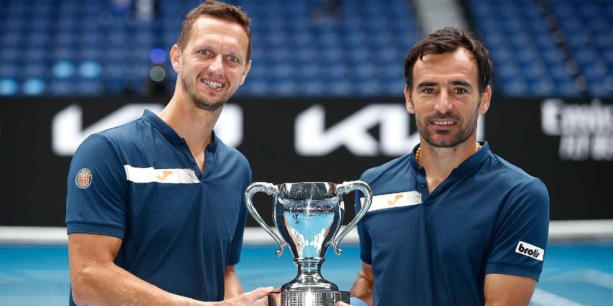 Dodig Polasek lift Australian Open title